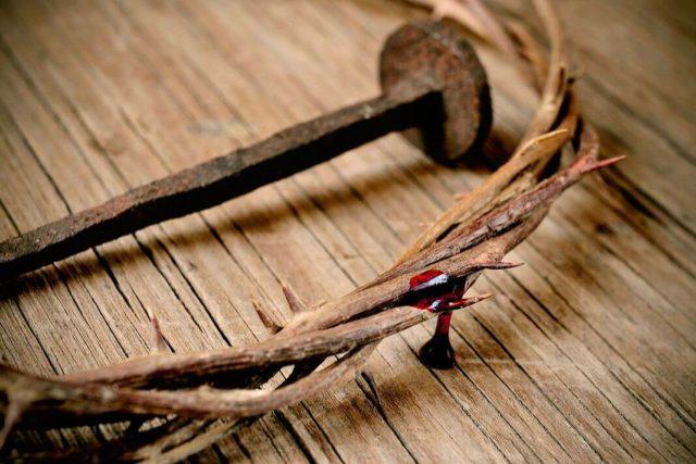 kruna Isus raspeće
