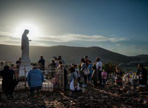 idolopoklonstvo štovanje kipovi