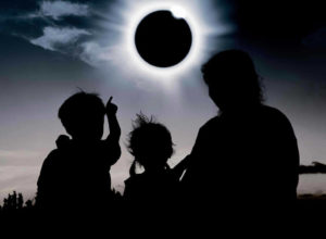 pomrčina Sunca mjesec apokalipsa