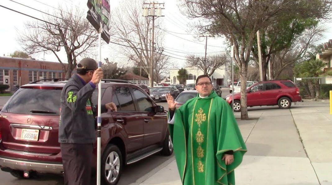 svećenik Rimokatolička crkva